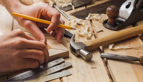 Una asamblea en la carpintería